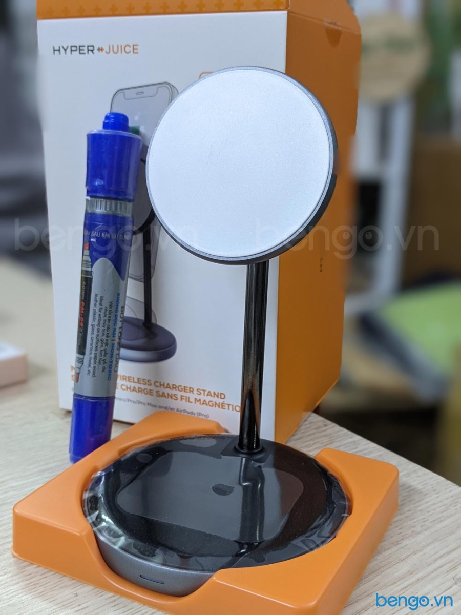 HyperJuice Magnetic Wireless Charger Stand HJ461