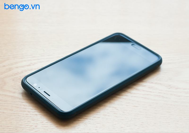 Op lung HTC U11 SPIGEN
