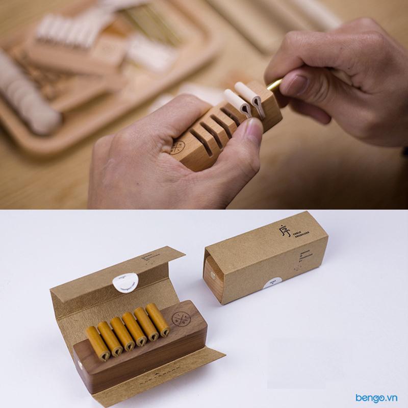 Đế giữ Cáp, Dây Sạc và Tai Nghe bằng gỗ LITTLE DESIGN