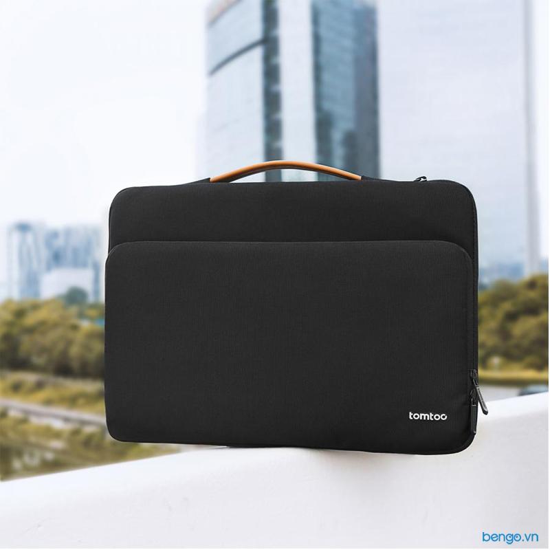 "Túi xách chống sốc MacBook Pro 13"" 2018 TOMTOC (USA) Briefcase"